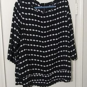 The Limited Black & White Checkered 3/4 Blouse